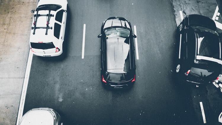 Orthophoniste :  faut-il louer ou acheter son véhicule ?